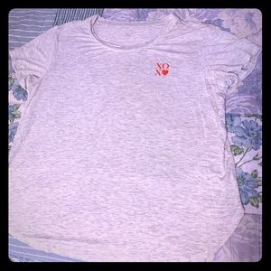 Love by GAP super soft Tee size L like new